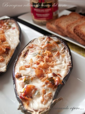 Aubergines stuffed with White tuna (Albacore)
