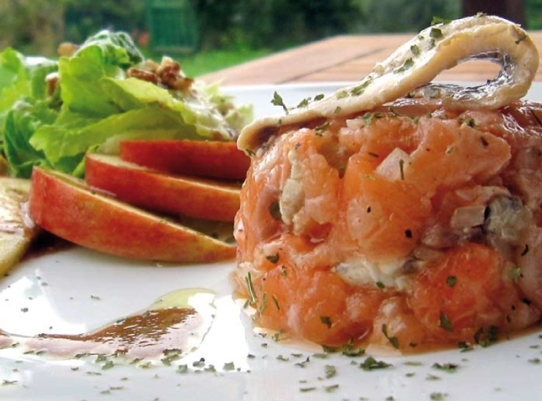 Tartar of salmon and Boquerones - Vinaigrette