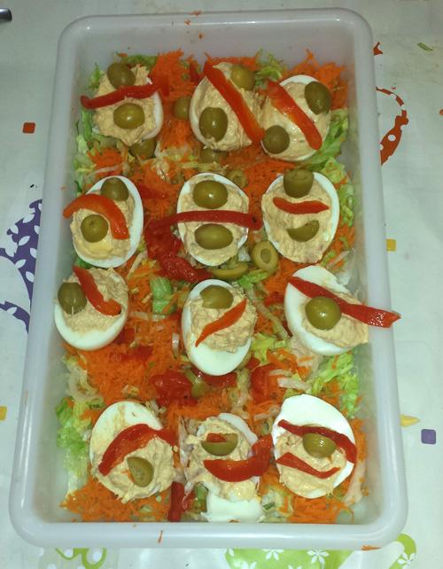Summer salad, eggs and tuna