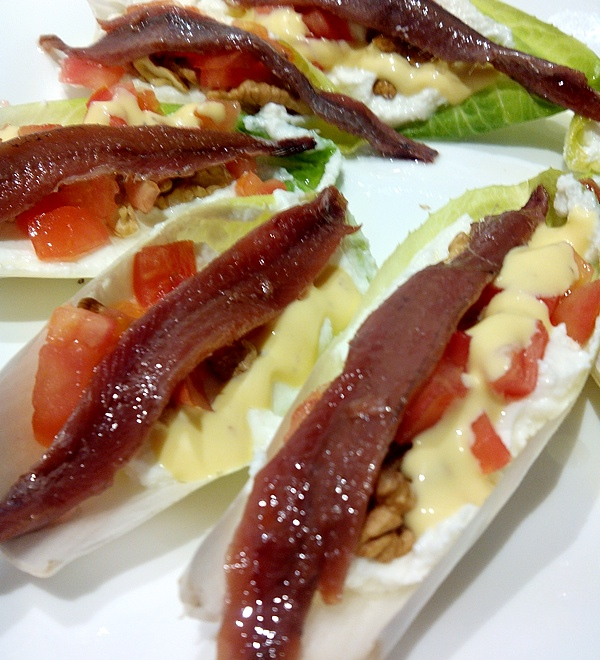 Chicory salad with anchovies
