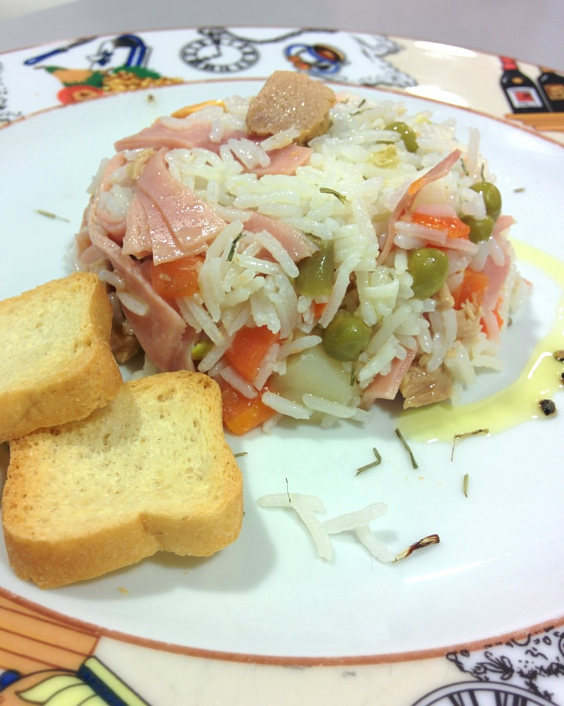 Rice and white tuna salad