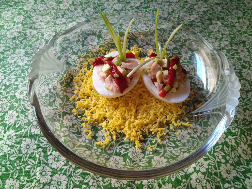 Eggs stuffed with tuna and avocado