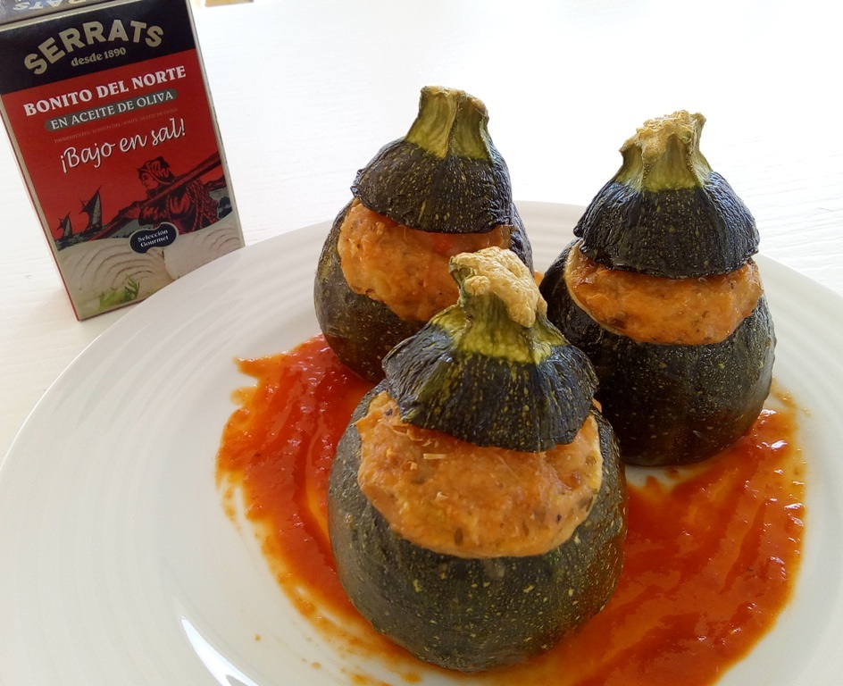 Courgette eight balls stuffed with white tuna and prawns