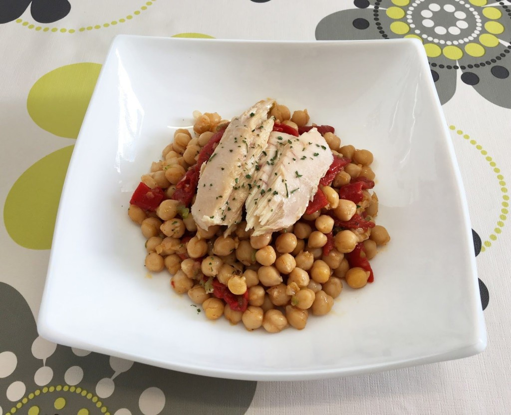 Chickpea salad with ventresca