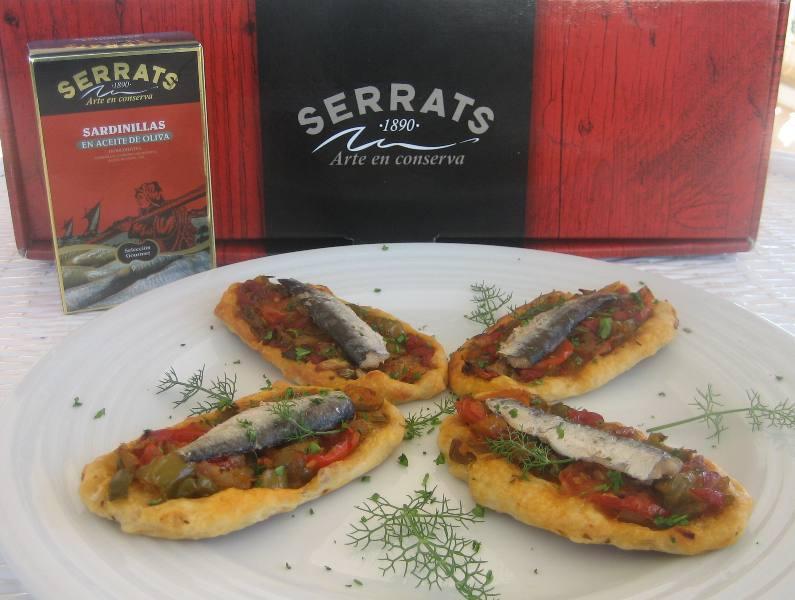 Vegetable and sardine canapés