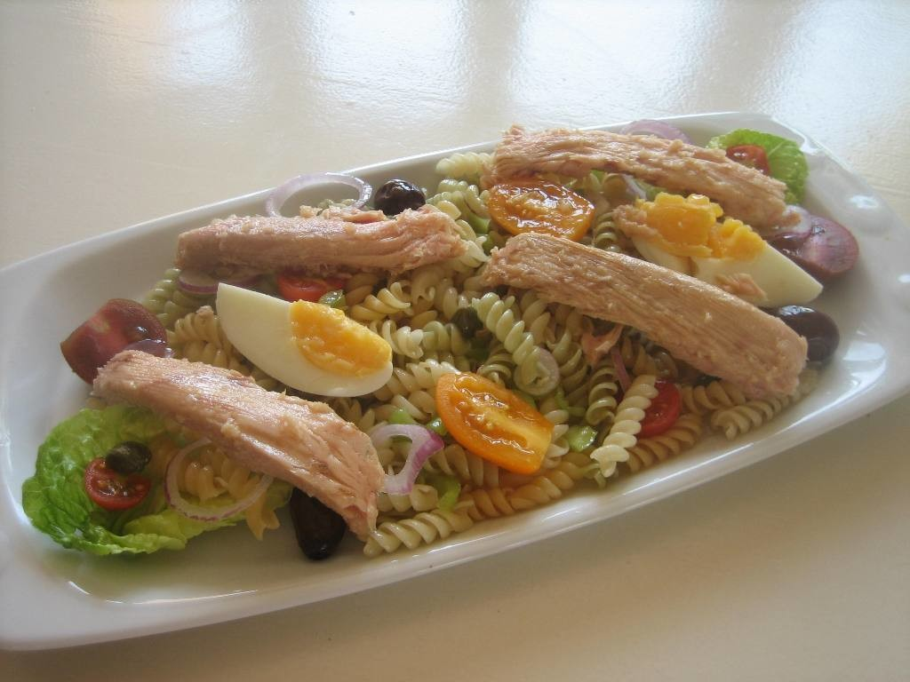 Pasta and White Tuna Neck salad
