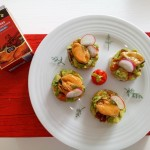 Christmas canapés: Mussel on avocado tartar