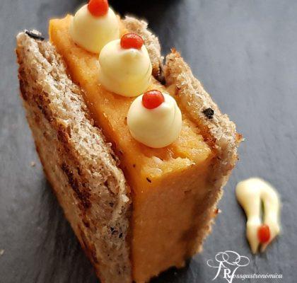 Christmas canapés: Tuna pudding mini sandwich