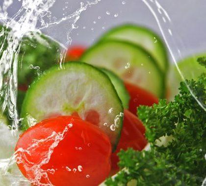 Seasonal fish, fruits and vegetables: summer