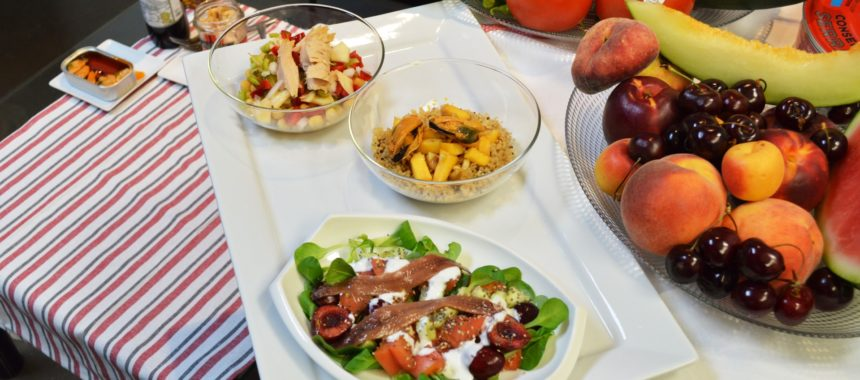 3 salads with fruit. Complete, quick and delicious!