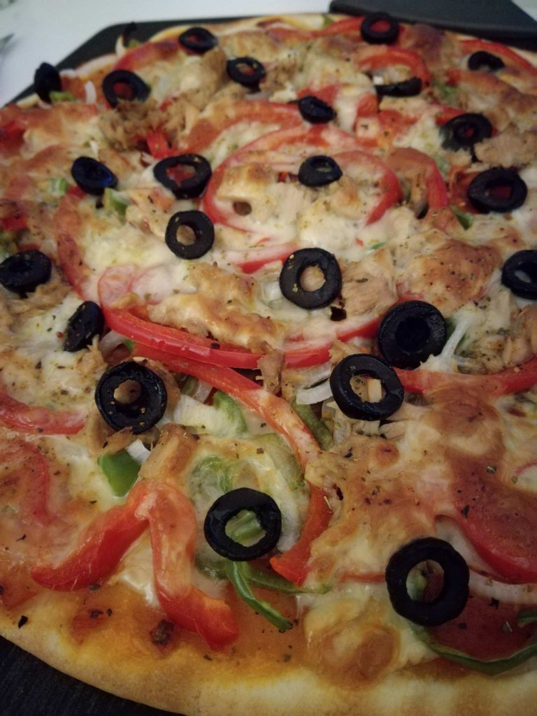 """Ladybug"" pepper and tuna pizza"