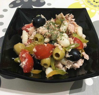 White beans and tuna salad