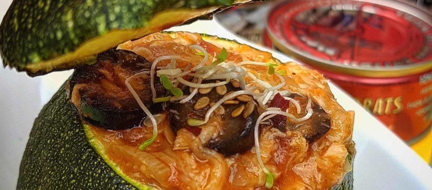 Round zucchini stuffed with White Tuna