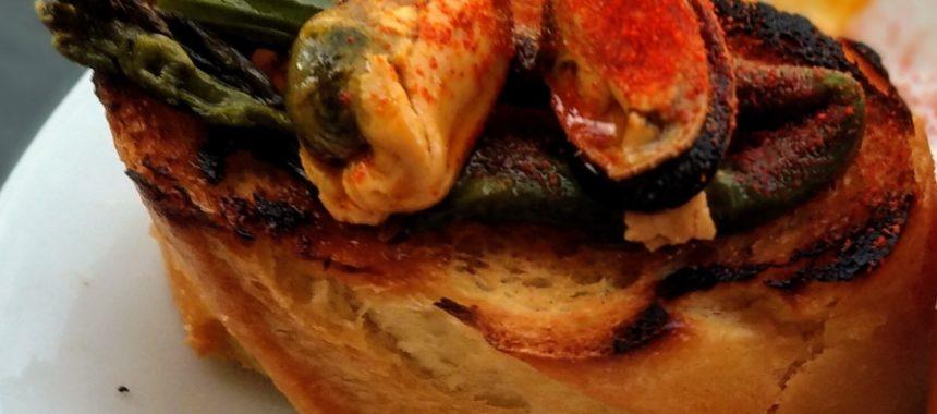 Marinated mussel pintxos