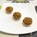Tartlets filled with mussels and cheese paté