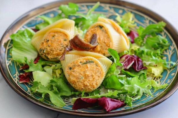 Conchiglioni pasta salad stuffed with anchovy cream